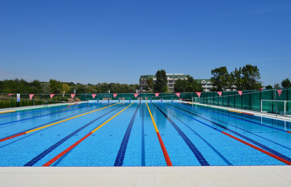 Prices for sport groups renting the olympic swimming pool